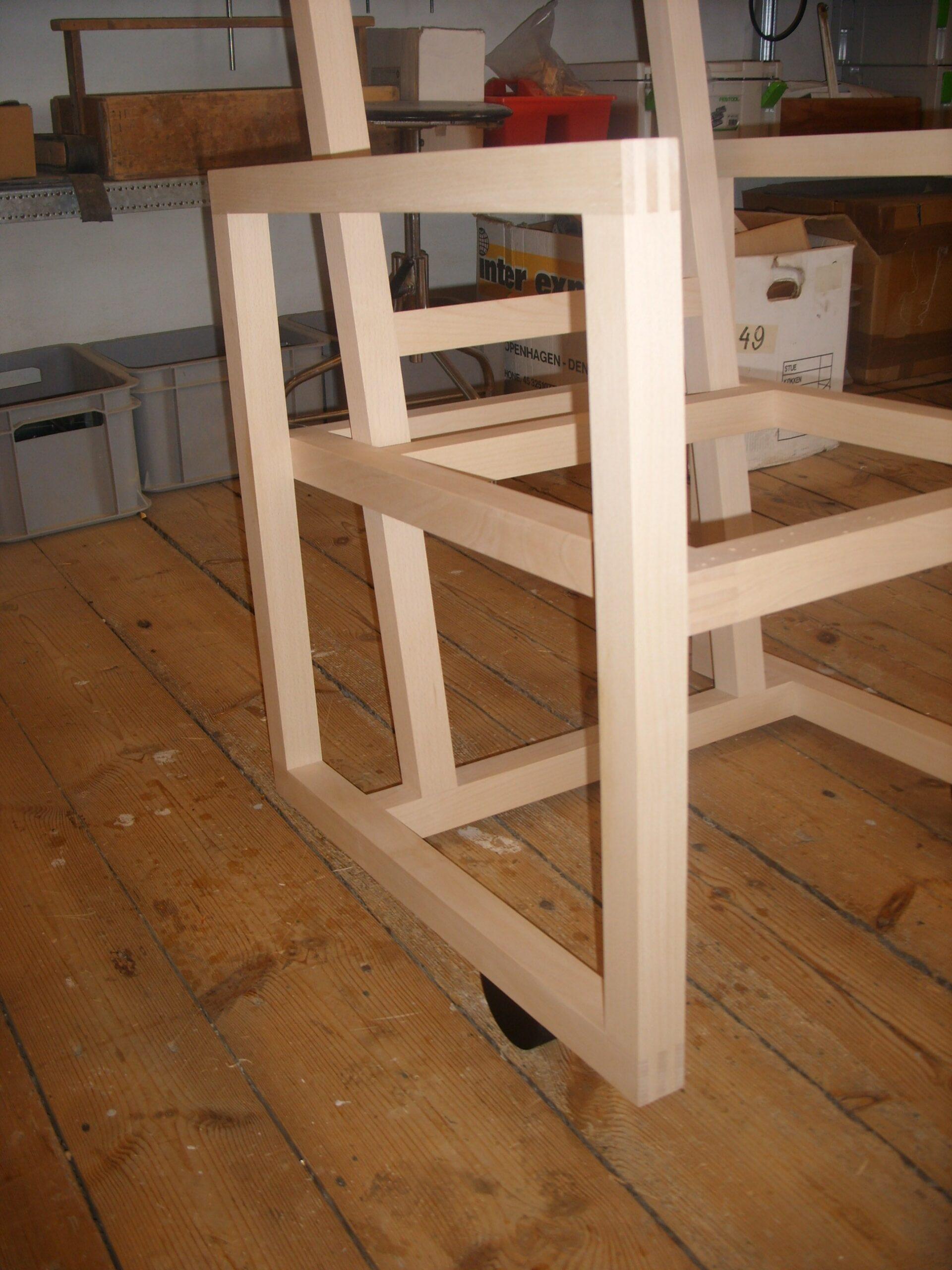 To træstole for Torben Skov 011